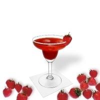 Strawberry Margarita serviert im Margaritaglas
