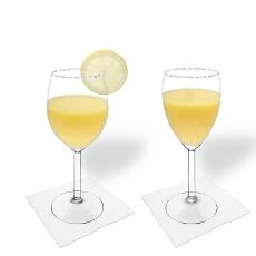 Mango Margarita im Weiss- und Rotweinglas