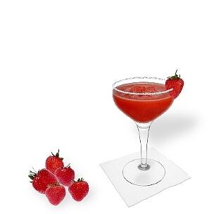 Eine weitere grossartige Option für Frozen Strawberry Margarita ist die Cocktailschale.