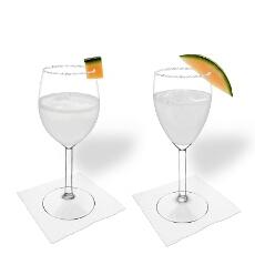 Melonen Margarita im Weiss- und Rotweinglas