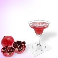 Pomegranate Margarita im Margaritaglas mit Zucker oder Zucker- oder Salzrand. Auf Bild klicken um zum kompletten Rezept mit mehr Bilder zu gelangen.