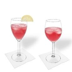 Pomegranate Margarita im Weiss- und Rotweinglas