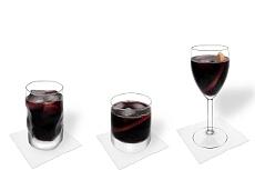 Verschiedene Rotwein-Cola Dekorationen